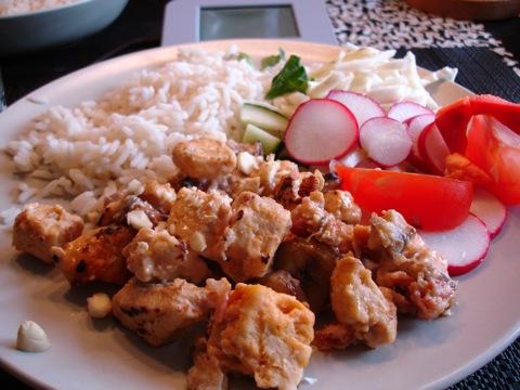 Flygande Jakob med ris och sallad