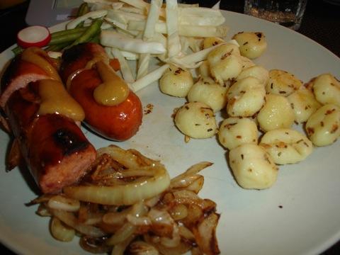 Korv och potatisgnocchi