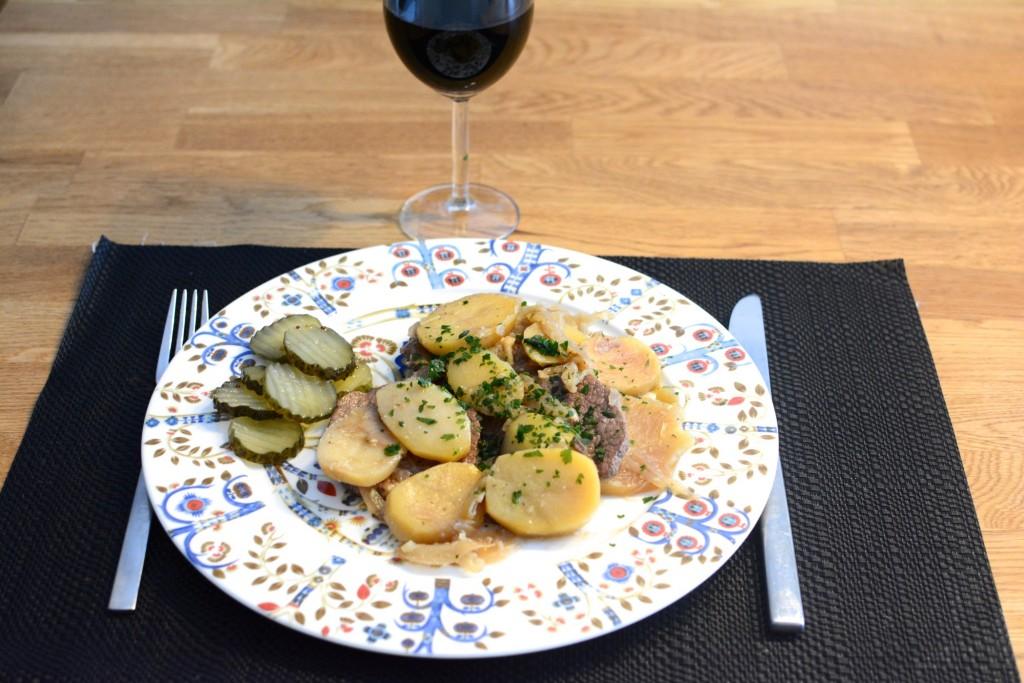 Vin, kött och potatis är aldrig fel!