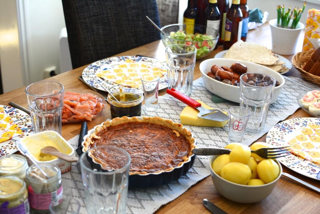 Ingen behövde gå hungrig från bordet.