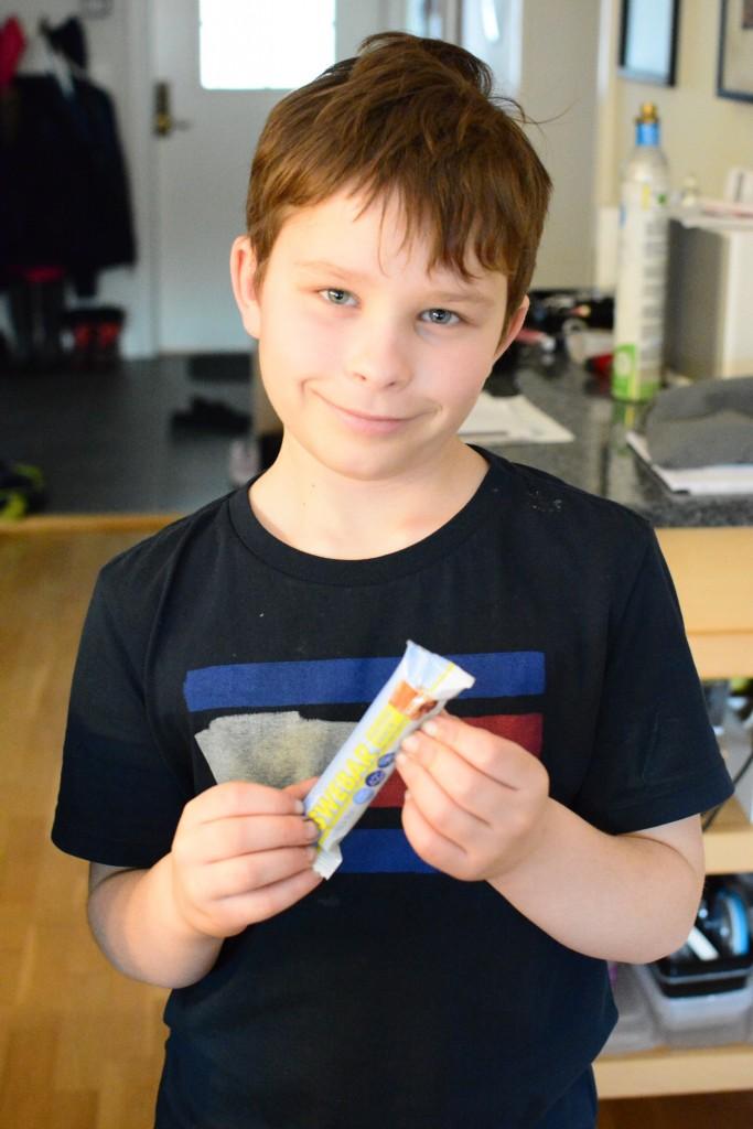 En hård testjury är redo att testa Swebar snackbars.