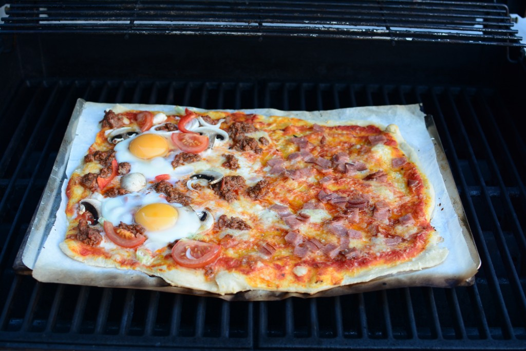 Grymt god pizza på grillen