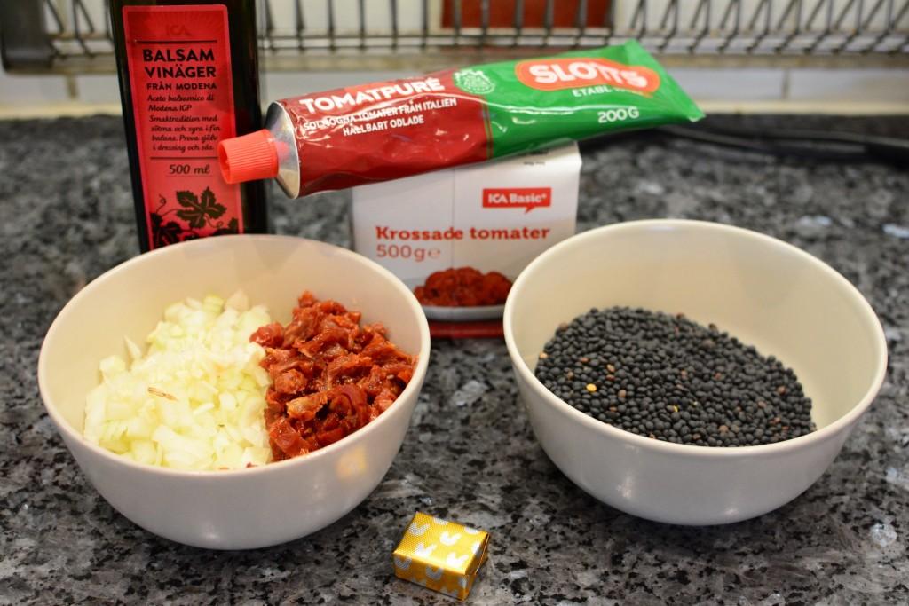 Det här är allt som behövs för att laga en vegetarisk Bolognese i Crock Pot
