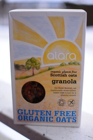 Underbart god och krispig granola från Alara
