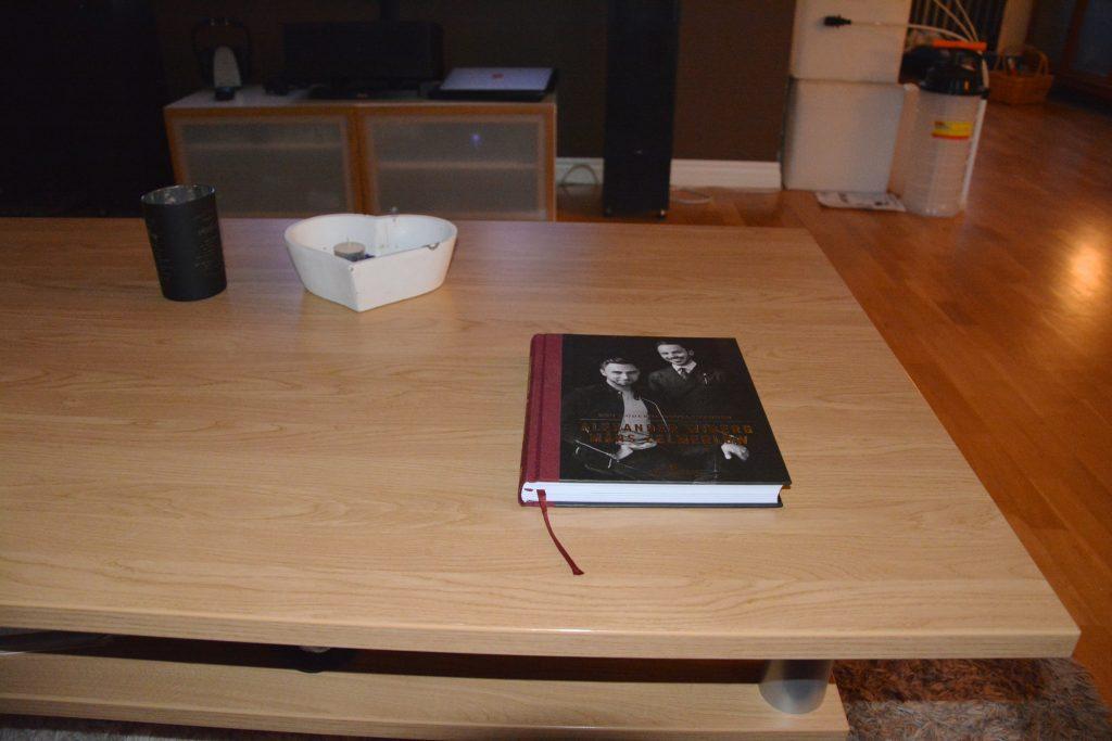 Perfekt coffee table book som inte behöver läsas från pärm till pärm.