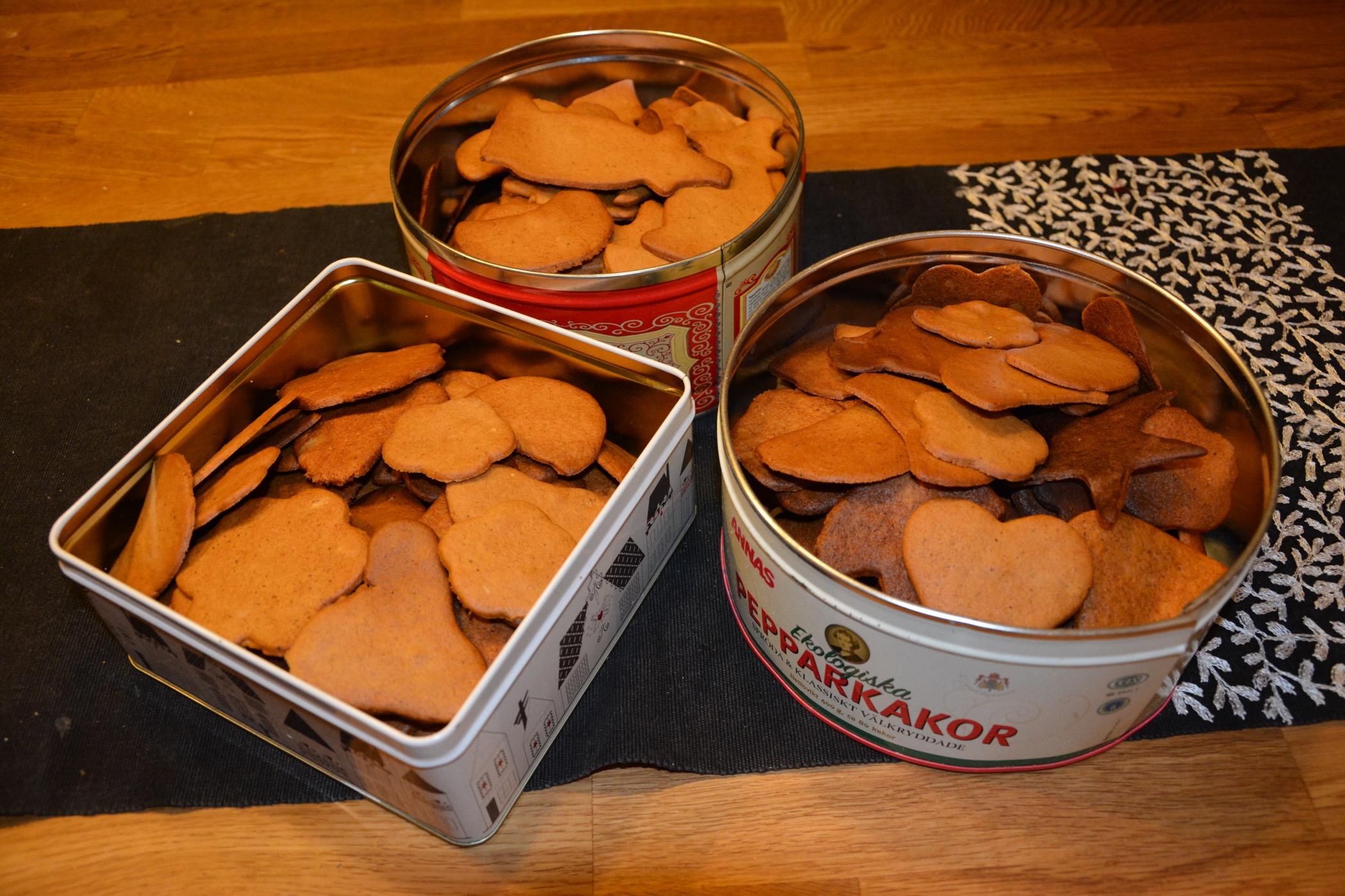 Tre stora burkar med kakor blev resultatet.