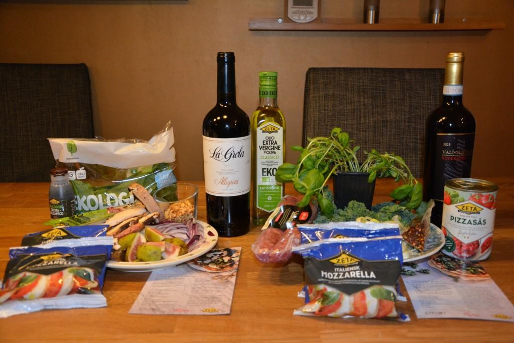 Ingredienser till premiumpizza med Salsiccia & Grönkål och premiumpizza med Portabello & Fikon