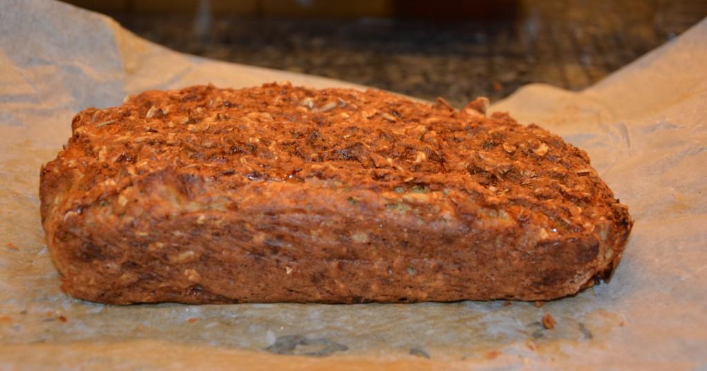 Nyttigt bröd utan mjöl och jäst