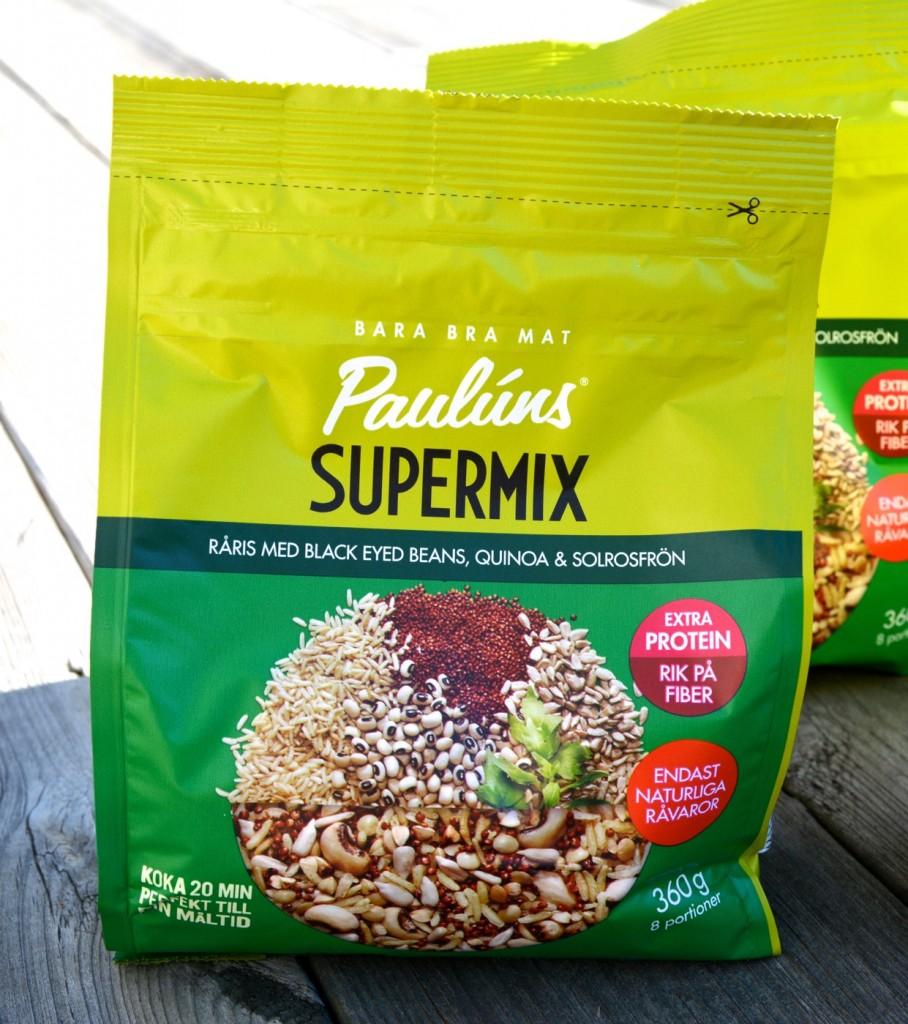 Råris med black eyed beans, quinoa & solrosfrön