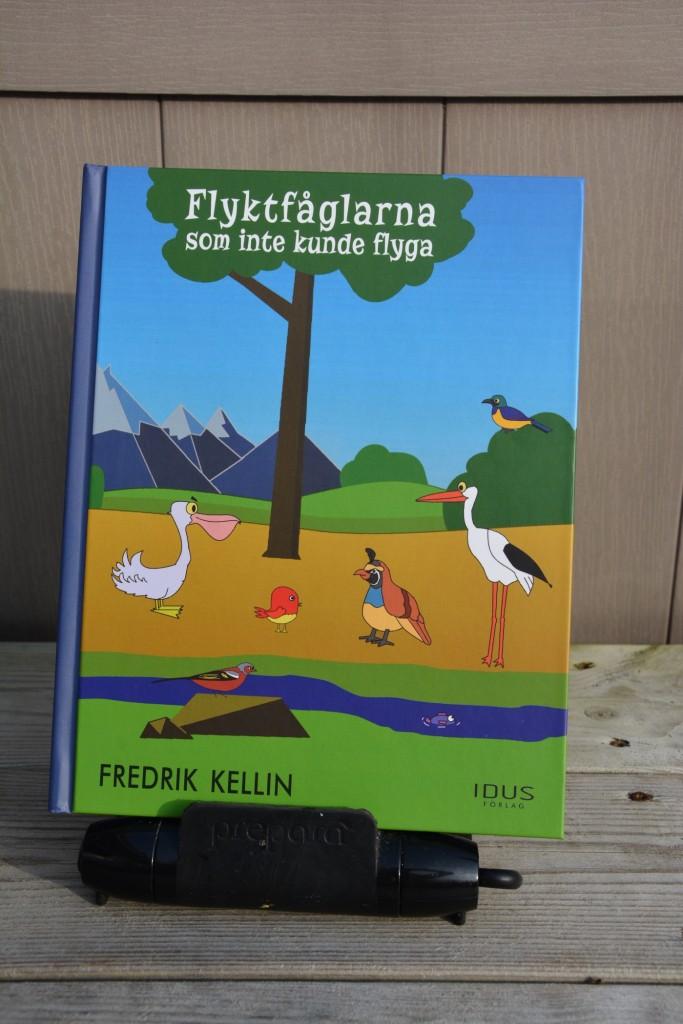 Flyktfåglarna som inte kunde flytta av Fredrik Kellin