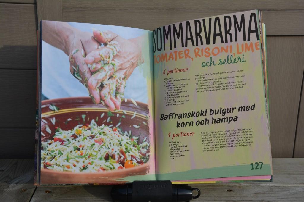 Sommarvarma tomater risoni lime och selleri