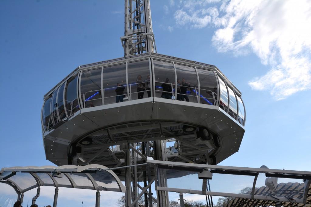 """""""UFO""""n rymmer 60 personer åt gången och turen tar 7 minuter."""