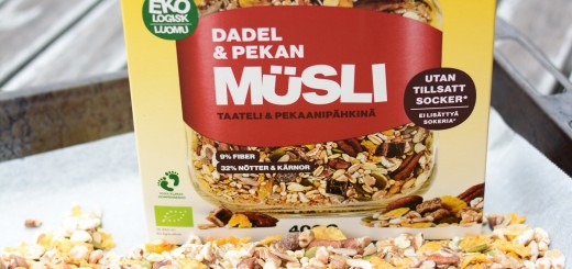 Ekologisk Dadel &Pekan-müsli från Risenta