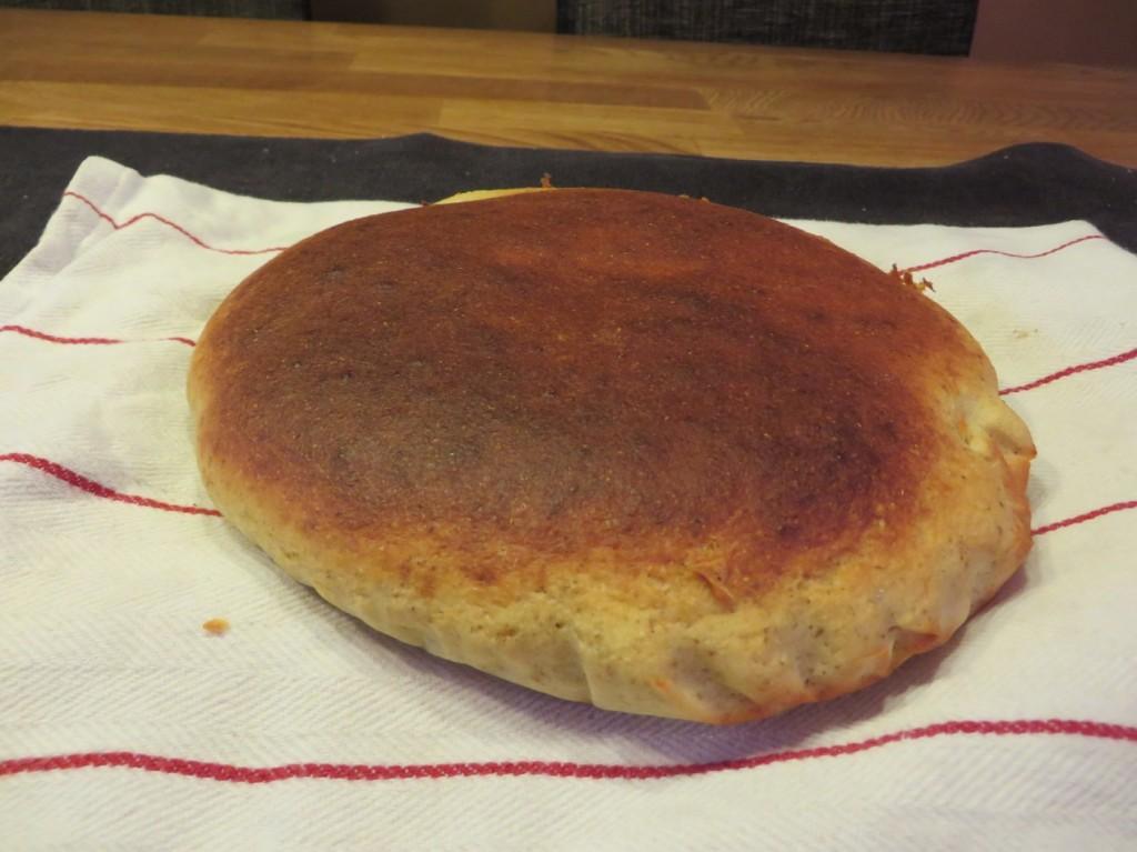 Nybakat nyttigt och glutenfritt bröd