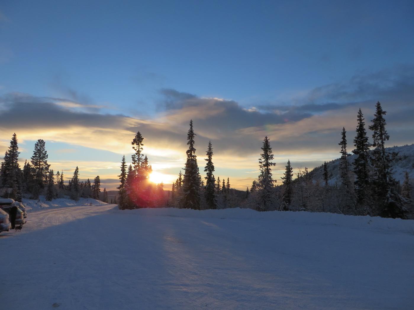 Solnedgång i längdspåren