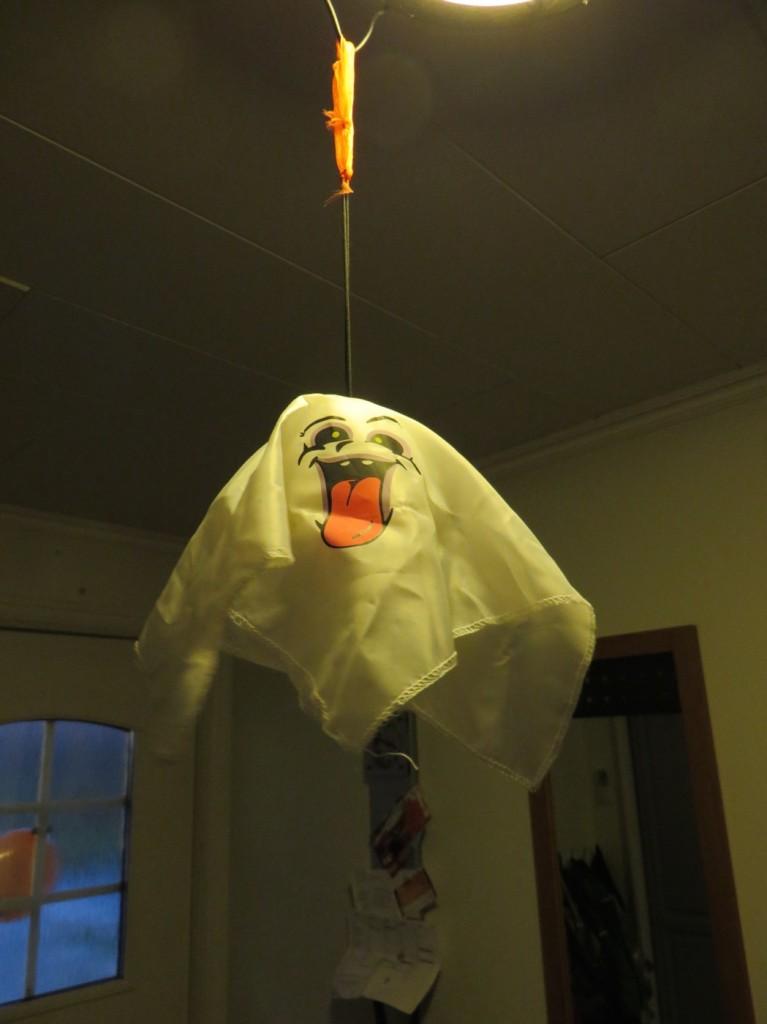 Låtande spöken i taket