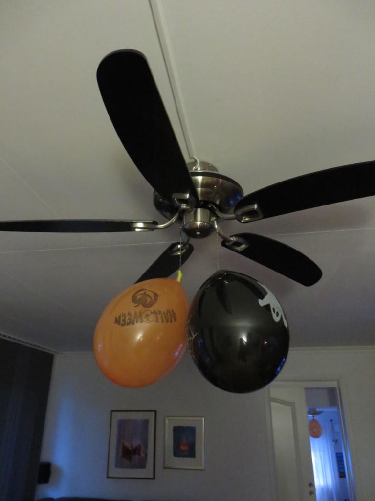 Halloween-ballonger i hela huset
