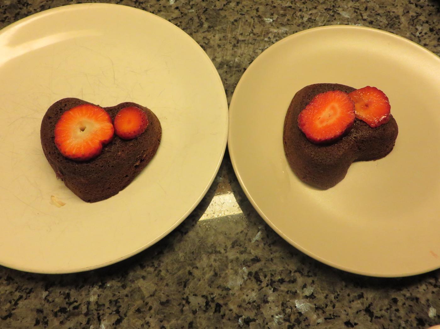 Fina och goda chokladfondanter redo att serveras!