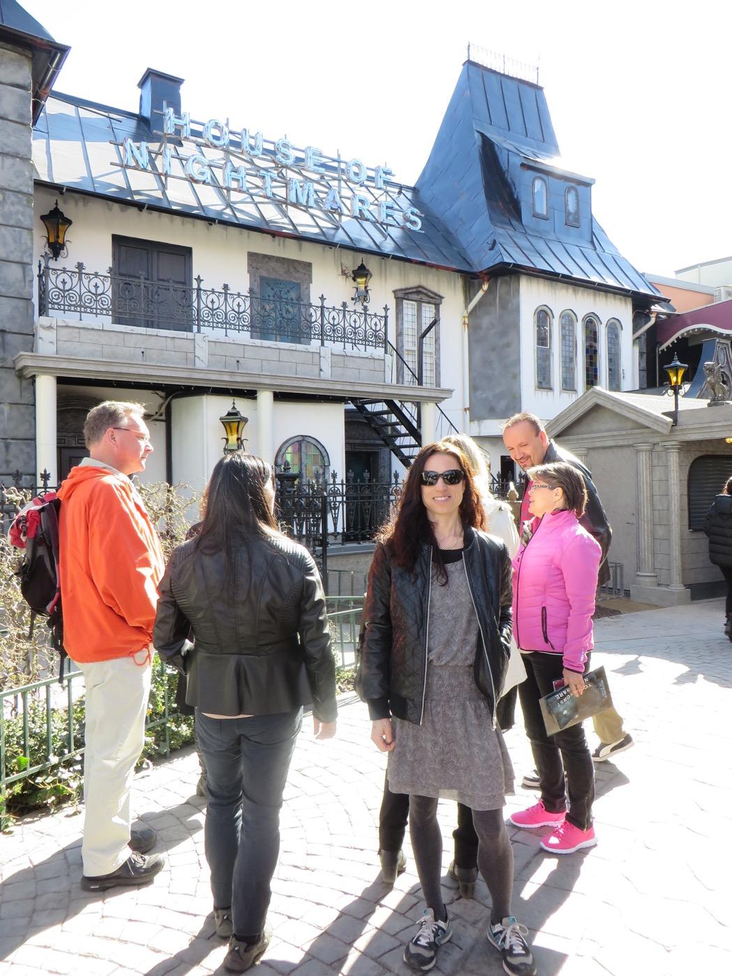 Det läskiga huset där Dr. Morphio har fått liv och hemsöker husets varje vrå!