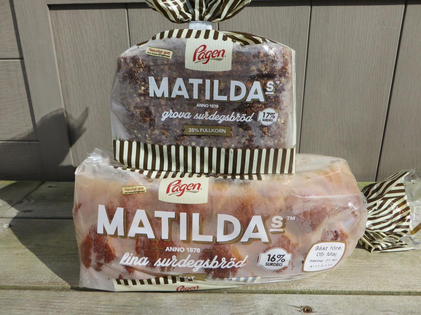 Matildas surdegsbröd i två varianter.