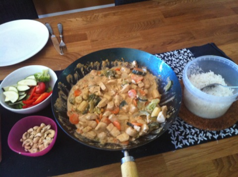 Kycklingwok med ris och grönsaker