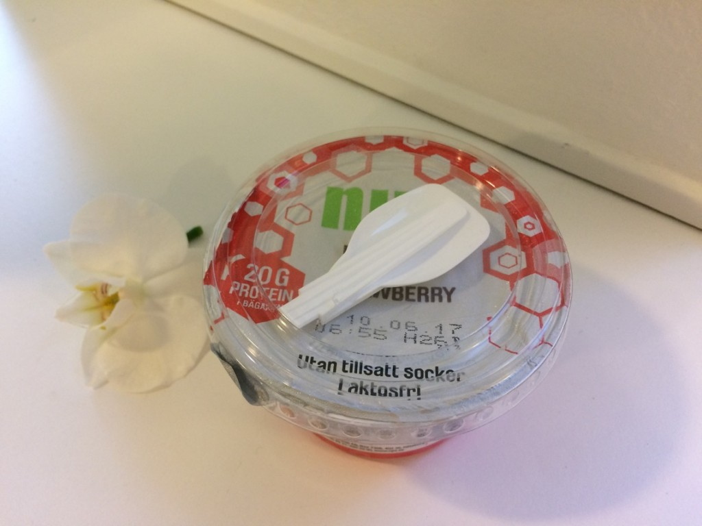 Nyttigt mellanmål ProPud proteinpudding jordgubb