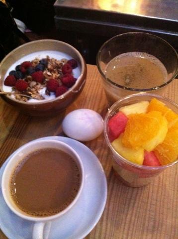 En hälsosam och fräsch frukost fick kicka igång dagen