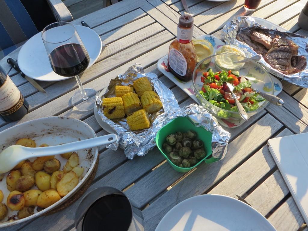 Middag 6 juni 2015 ute på altanen!