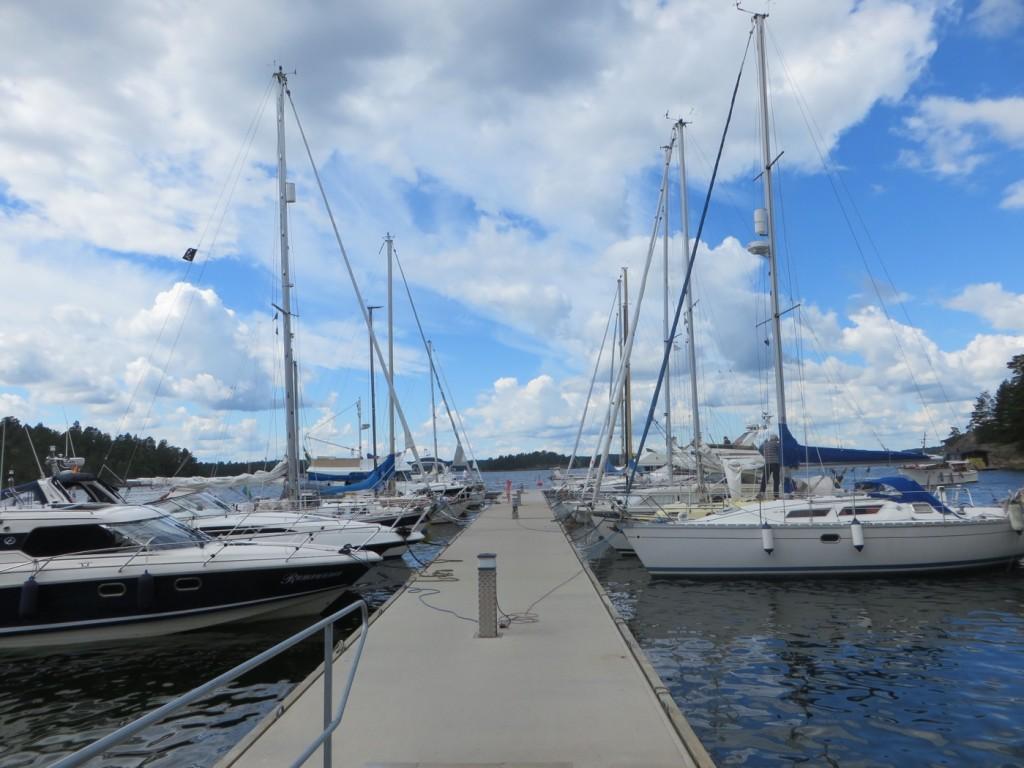 Gästhamnen med fina båtar.