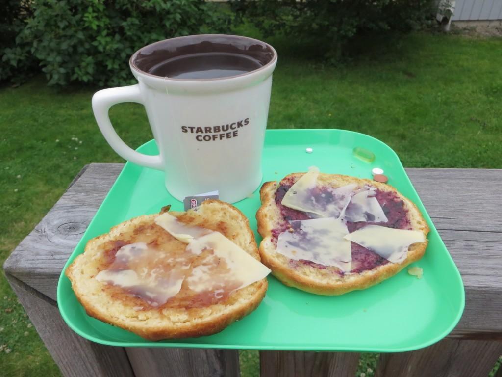 Passa på att njuta av långa, goda frukostar!