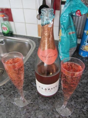 Rosébubbel till fördrink