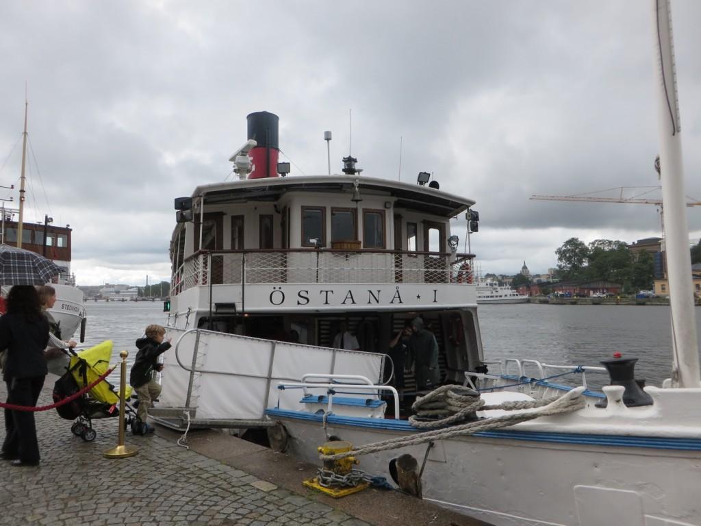 Vi välkomnas ombord på M/S Östanå.
