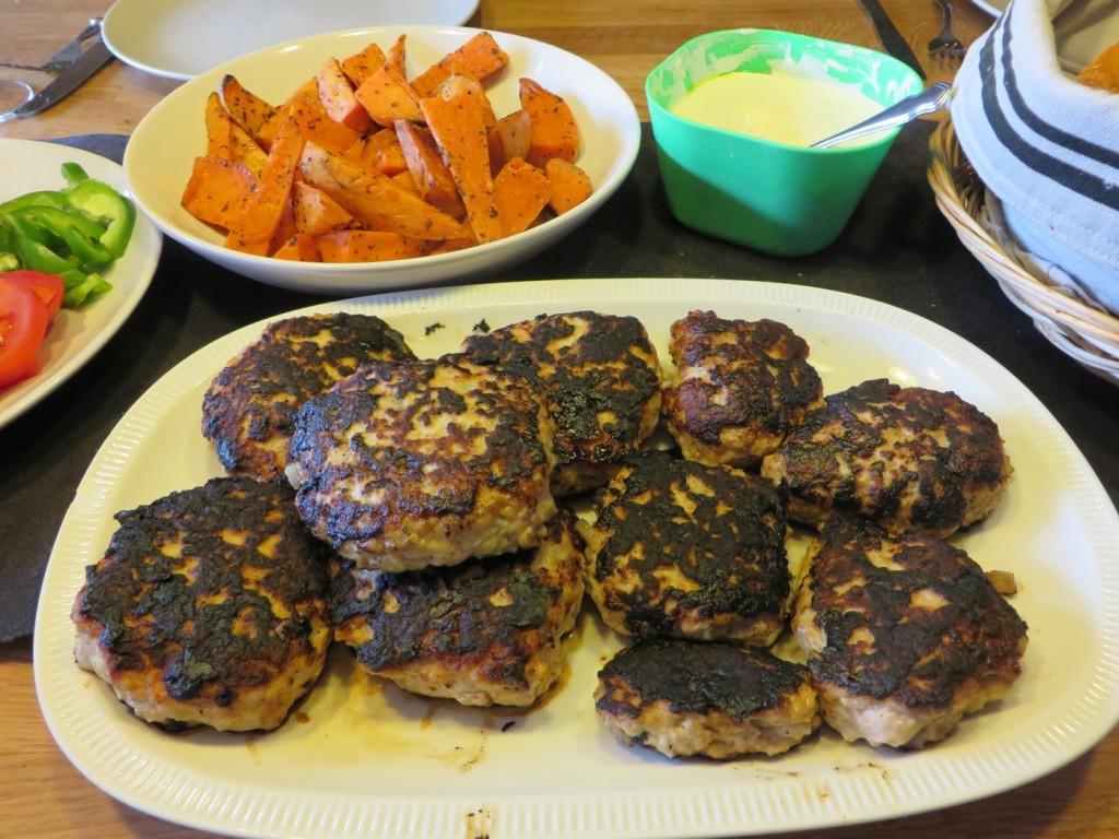 Hälsosamma och smakrika kycklingburgare.