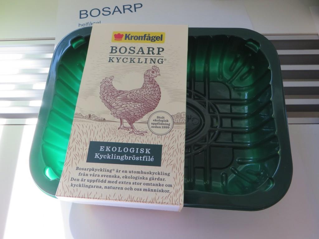 Ekologisk och KRAV-märkt Bosarp-kyckling.