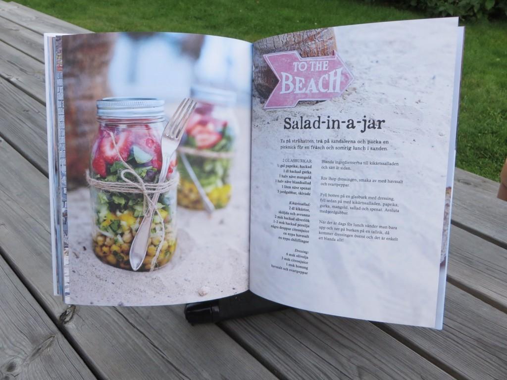 Salad-in-a-jar.