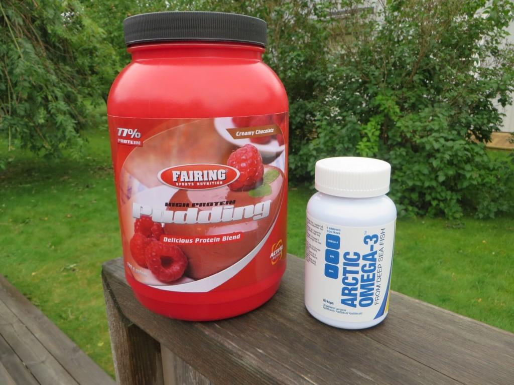 High Protein Pudding och Omega-3 kapslar från Svenskt Kosttillskott.