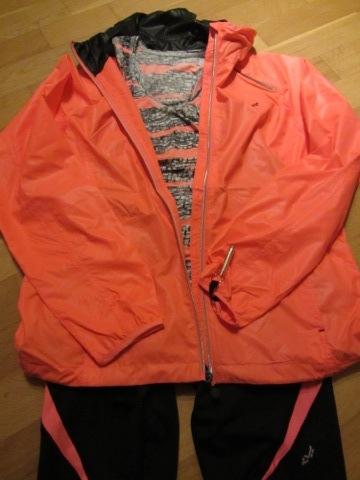 Läckra kläder i färgen Coral Pink