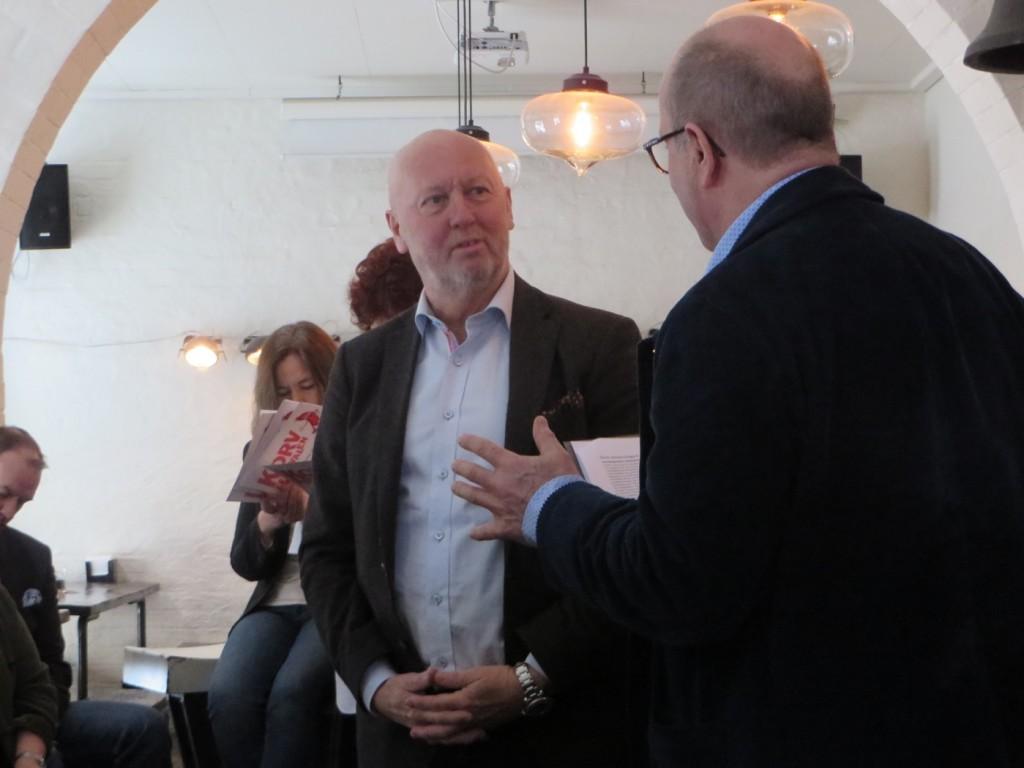 Jan Scherman ledamot i Korvakademien presenterar årets korvkrog som vi hittar i Tärnaby