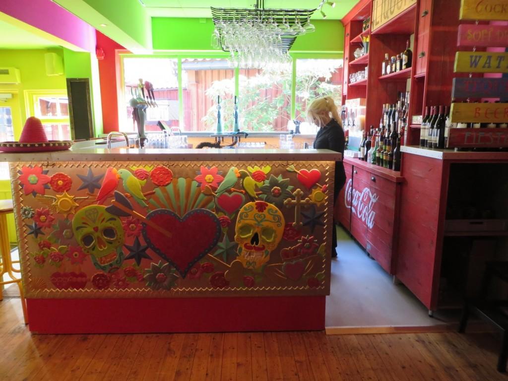 Mysig färggrann och ombonad inredning på Fiesta.