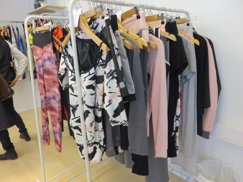 Drop of mindfulness underbara kläder!