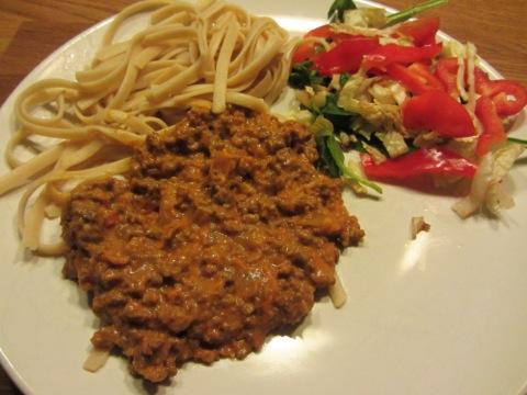 Köttfärssås och spaghetti