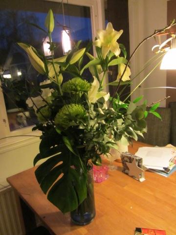 En bukett ljuvligt doftande blommor till min älskade man!