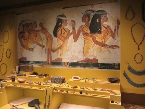 Smycken och kläder från gamla Egypten