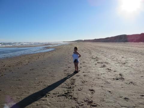Otrolig strand bara ett stenkast från stugan
