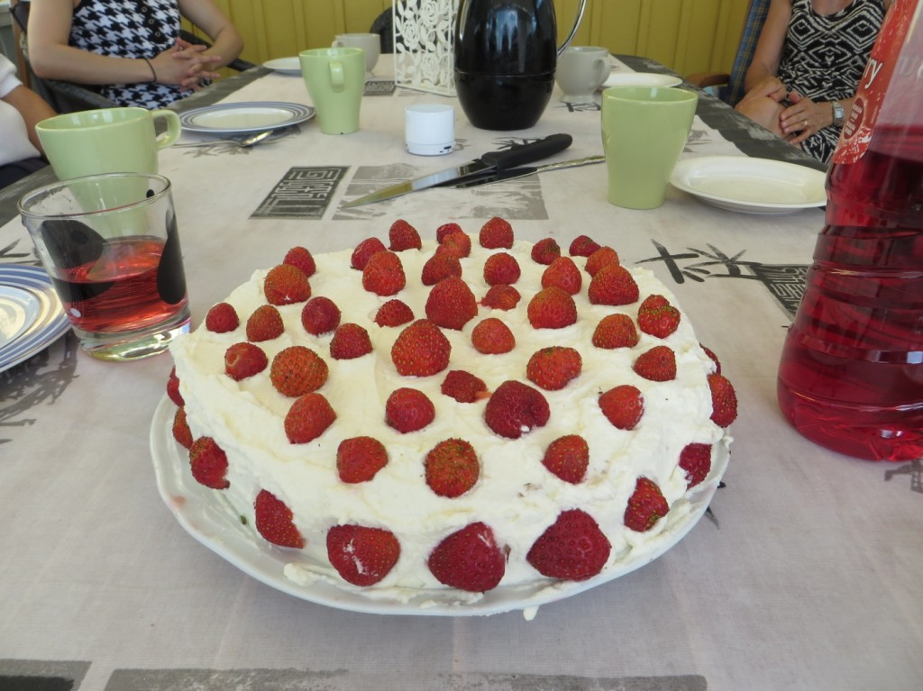 Hemgjord tårta