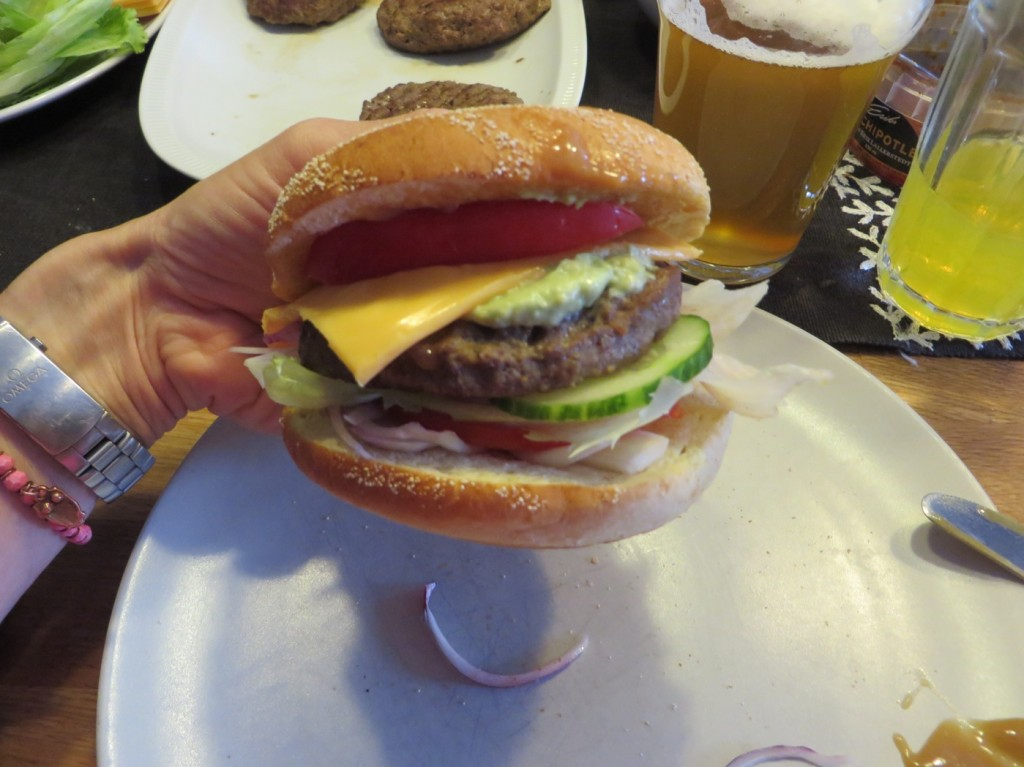 Första hamburgaren av två