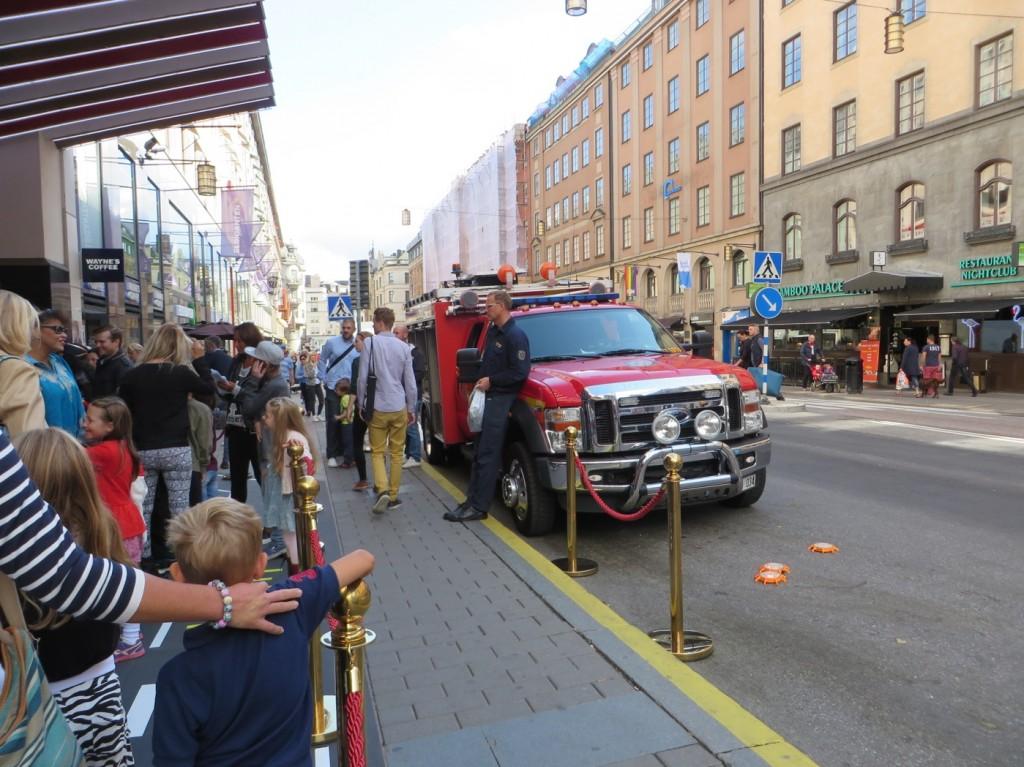 Stockholms brandförsvar hälsar oss välkomna vid biografen