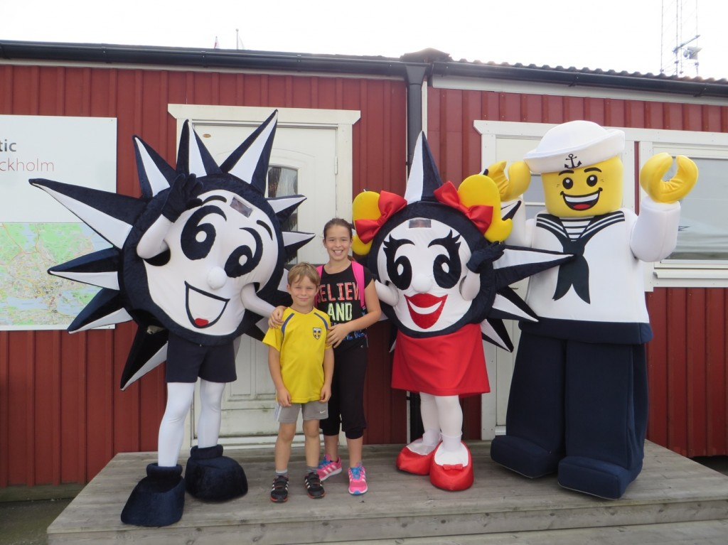 Gustaf, Filippa, Lego Sailor och Doremi