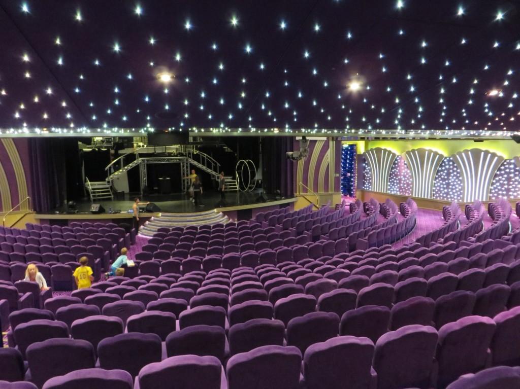 Teatern där de har olika shower varje dag