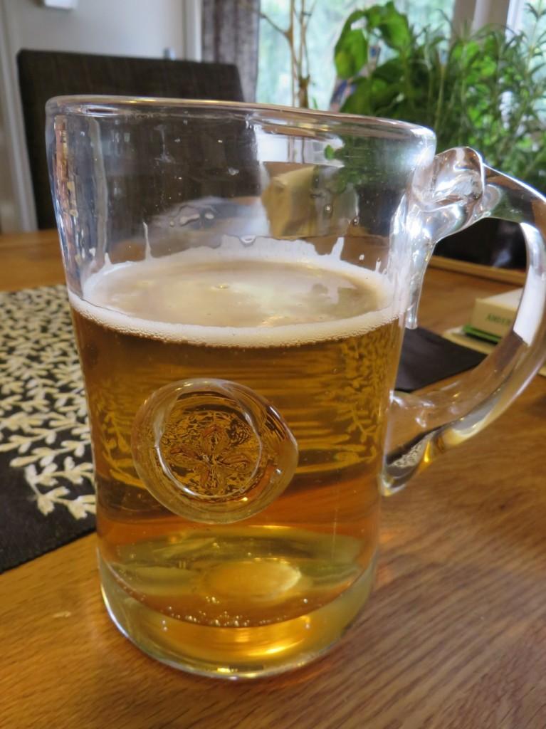 Extra gott med öl i finaste glaset